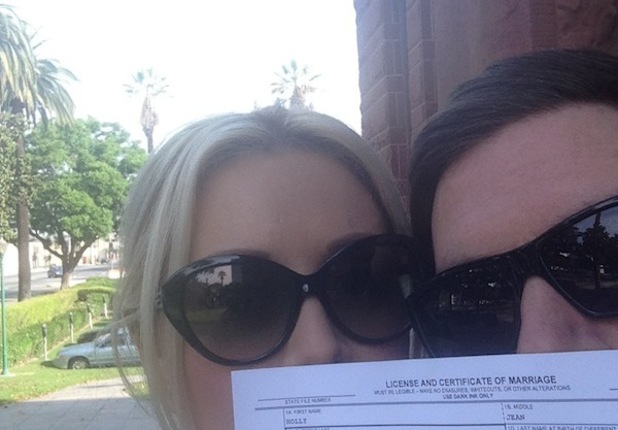 Holly Madison and Pasquale Rotella get marriage license - 9 September 2013