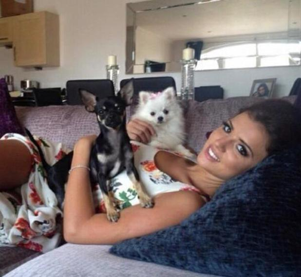 Lucy Mecklenburgh posts picture with dogs Lola and Bentley - 9 September 2013