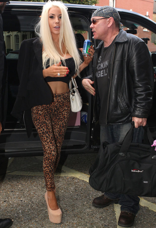 Courtney Stodden Out and About in London, Britain - 18 Sep 2013