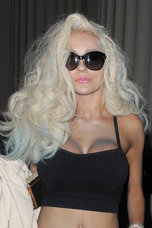Courtney Stodden leaves a studio in Belgravia, after a 14 hour photoshoot with husband Doug Hutchinson London - 22.9.2013