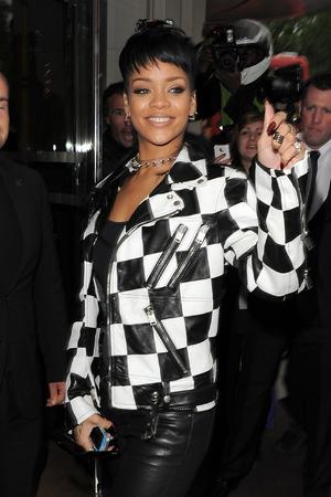 Rihanna arrives back at her hotel after visiting the ITV studios - 9.11.2013