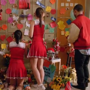 Glee promo clip for Cory Monteith tribute episode.