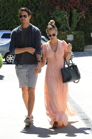 Newly engaged Kaley Cuoco and Ryan Sweeting enjoying the day by grabbing lunch at Marmalade Cafe Before heading to an AT&T store in Sherman Oaks California. 28.9.2013