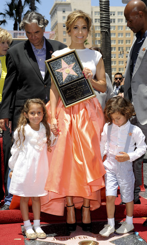 Jennifer Lopez is honoured with the 2,500th star on the Hollywood Walk of Fame Person In Image: Jennifer Lopez, Max, Emme Maribel Credit :Apega/WENN.com Date Created : 06/20/2013 Location :Los Angeles, United States