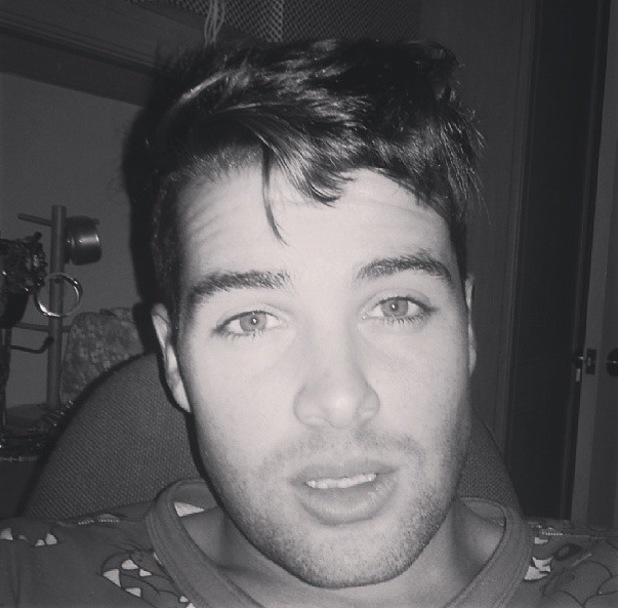 Joe McElderry tweets a picture of himself at home with the flu - 2 Wednesday 2013