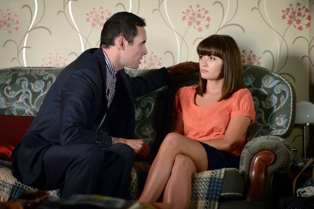 EastEnders, Michael calms Alice, Fri 11 Oct