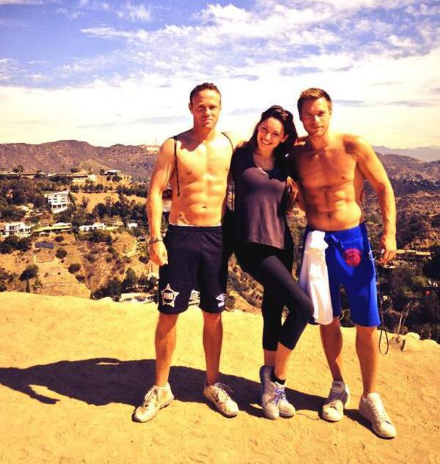 Kelly Brook hiking up Runyon Canyon in LA. October 2013