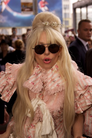 Arrival of Lady Gaga at the Riz Carlton Berlin - 23.10.2013