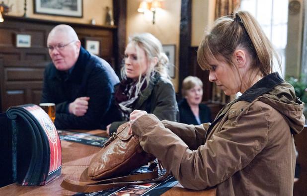 Emmerdale, Rhona worries Paddy and Vanessa, Wed 23 Oct