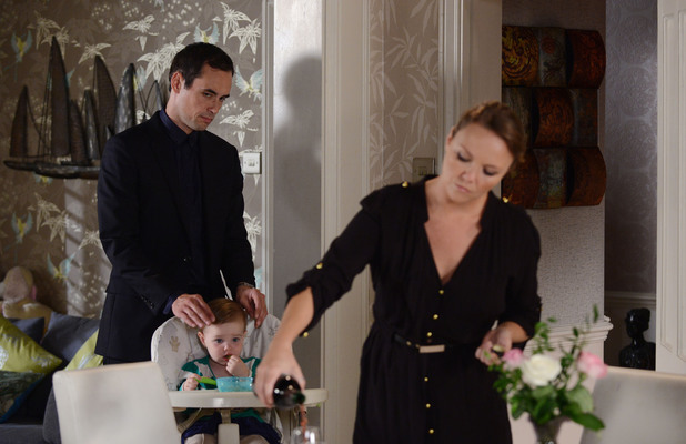 EastEnders, Michael prepares to drug Janine, Tue 29 Oct
