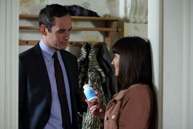 EastEnders, Alice gets Michael the pills, Thu 24 OCt