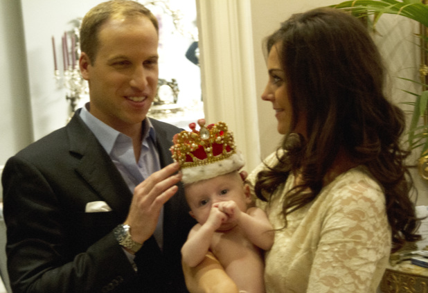 Royal lookalikes - 2013 Catherine Duchess of Cambridge and Prince William lookalikes with baby 2013