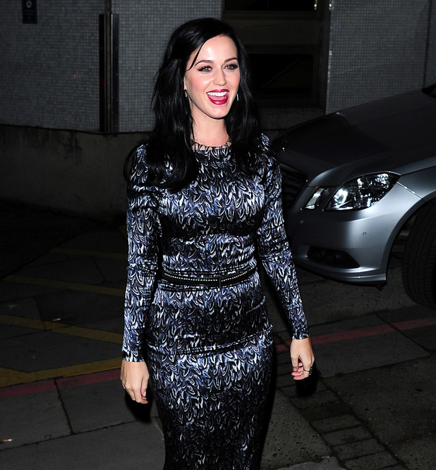 Katy Perry Dines Out Caption:	American Pop star Katy Perry dines out after her Jonathan Ross appearance. Katy wore a long dress for the occasion Credit :	WENN.com