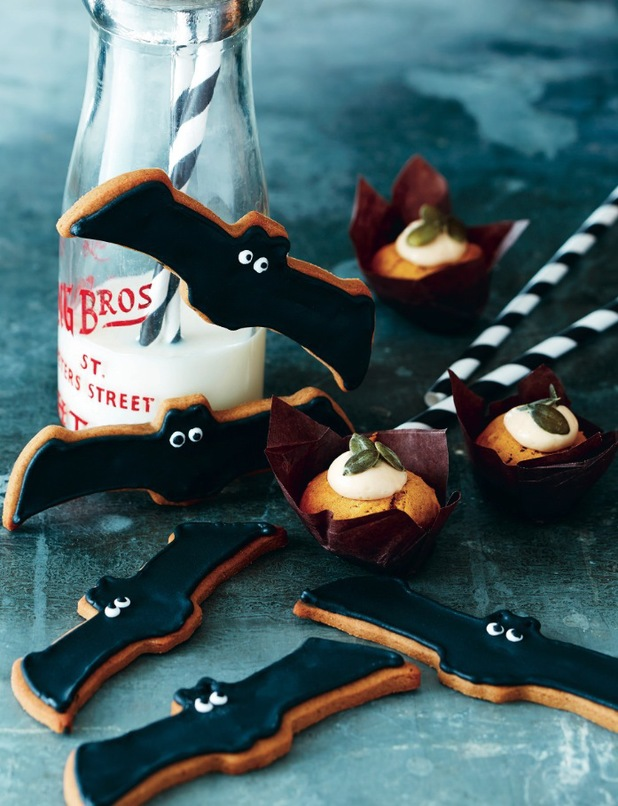 gingerbread bats trEATs by April Carter