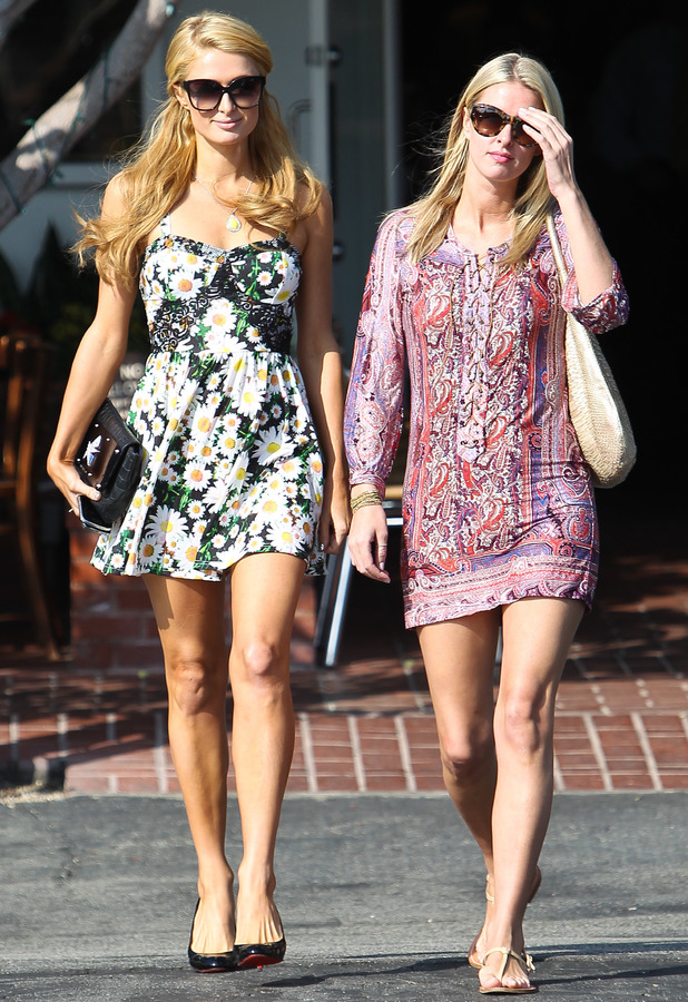 Paris Hilton, Nicky Hilton shopping in West Hollywood, 23 October 2013