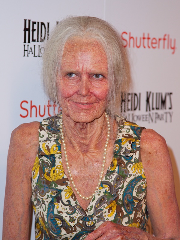 Heidi Klum transforms herself into an old lady for her Halloween party - New York 31st October 2013