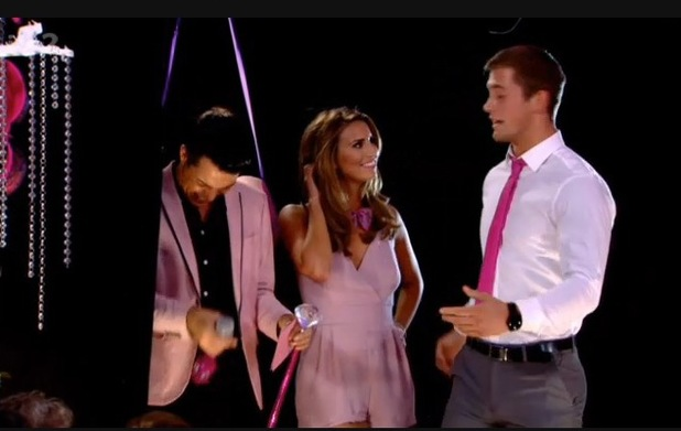 TOWIE's Ferne McCann bids on Dan Osbourne at charity auction - 28 October 2013