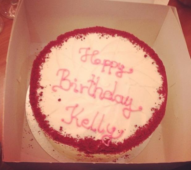 Lady Gaga sends Kelly Osbourne a birthday cake - 27.10.2013