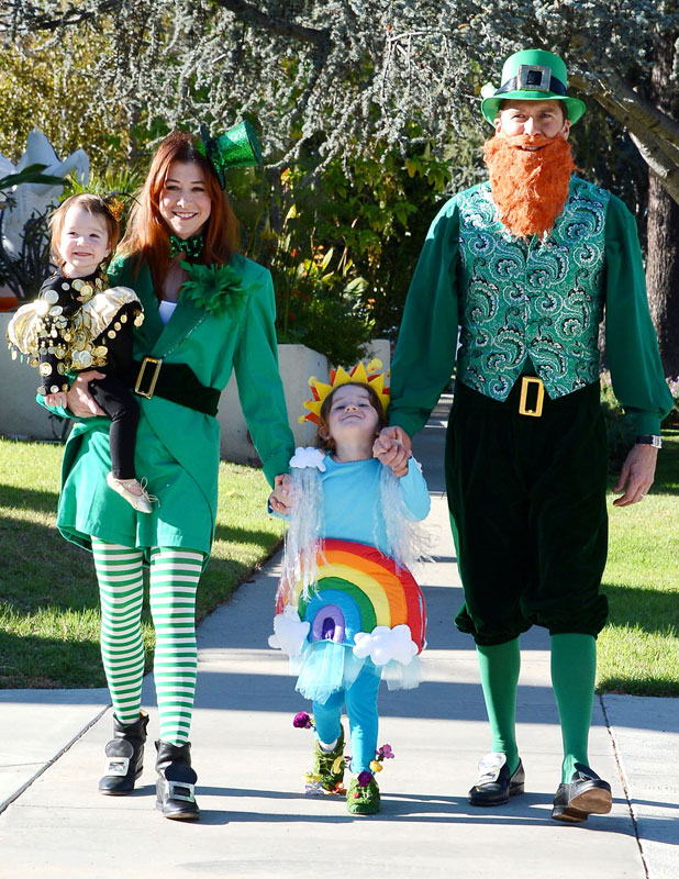 Alyson Hannigan and husband Alexis Denisof celebrate Halloween with their children Satyana and Keeva, 31 October 2013