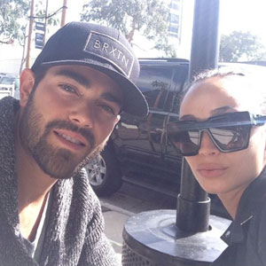 Jesse Metcalfe and Cara Santana seen at Urth cafe having lunch together. 29 October 2013