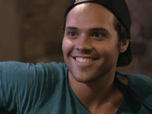 Andy Jordan performs music showcase on Made In Chelsea (aired 4 November).