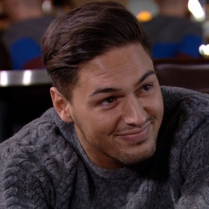 The Only Way Is Essex episode (Sunday 3 November 2013) Mario Falcone and Lucy Mecklenburgh meet up for coffee.