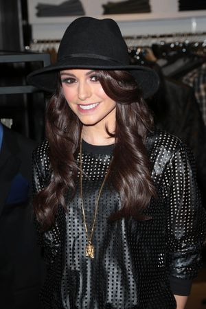 Bloomingdale's Glendale cocktail gala with VH-1 Save the Music Foundation, Los Angeles, America - 06 Nov 2013 Cher Lloyd