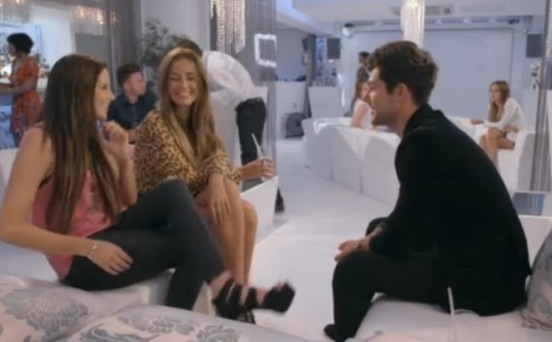 Made In Chelsea (Monday 28th September) Alex Mytton invites Binky Felstead and Fran Newman-Young out for dinner.