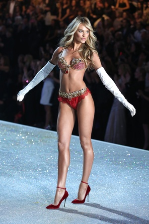 Victoria's Secret Fashion Show, New York, America - 13 Nov 2013 Candice Swanepoel
