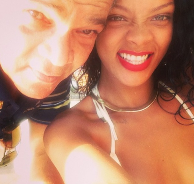 Rihanna poses with her father Ronald in Barbados - 6.11.2013