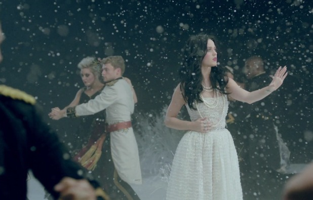 Katy perry unveils regal themed music video for her new single, 'Unconditionally'.