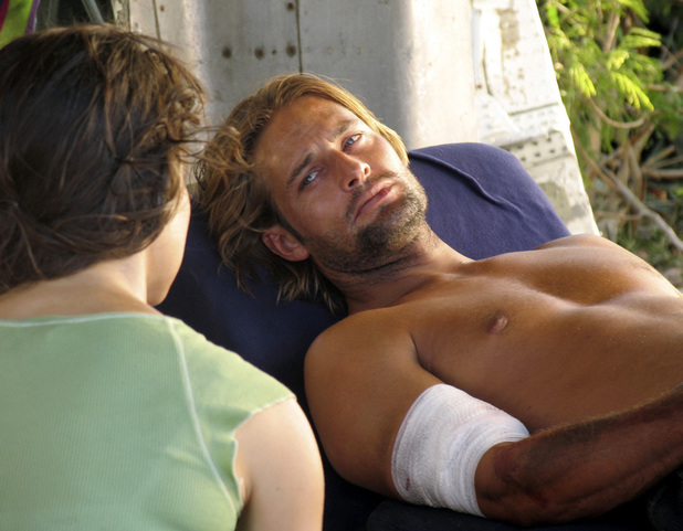 Lost season 1 - 2005 Evangeline Lilly as Kate and Josh Holloway as Sawyer