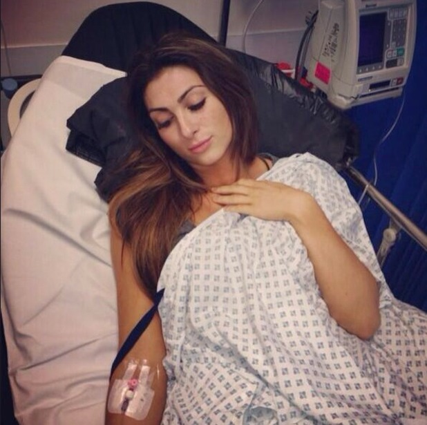 "Luisa Zissman Tweets a picture of herself on a hospital drip: ""My afternoon result of burning candle at too many ends "" 19.11.13"