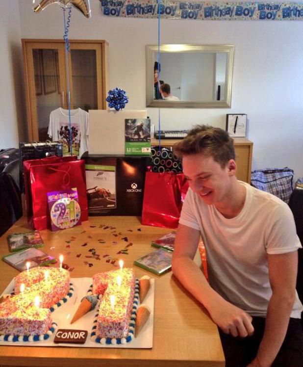 Conor Maynard celebrates 21st birthday with girlfriend Victoria Tansey - 21.11.2013