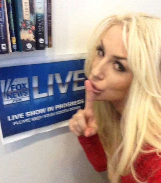 Courtney Stodden tweets a picture from the Fox 411 set in New York, 14 November 2013