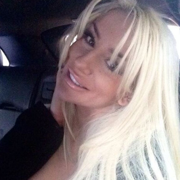 Courtney Stodden tweets a selfie as she arrives back in LA after a business trip to New York, 15 November 2013