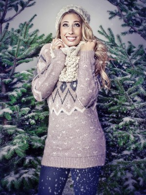Stacey Solomon has partnered with Holiday Inn hotels to launch the Holiday Inn Family Rock Out.