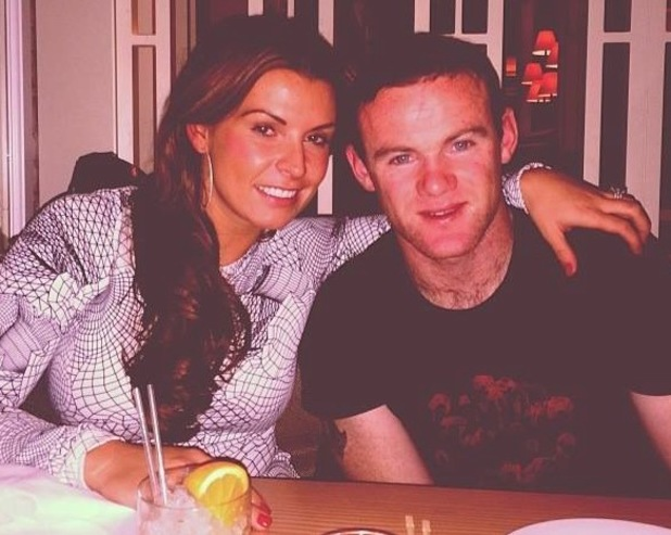 Coleen and Wayne Rooney enjoy a family meal in Manchester - 26 November 2013