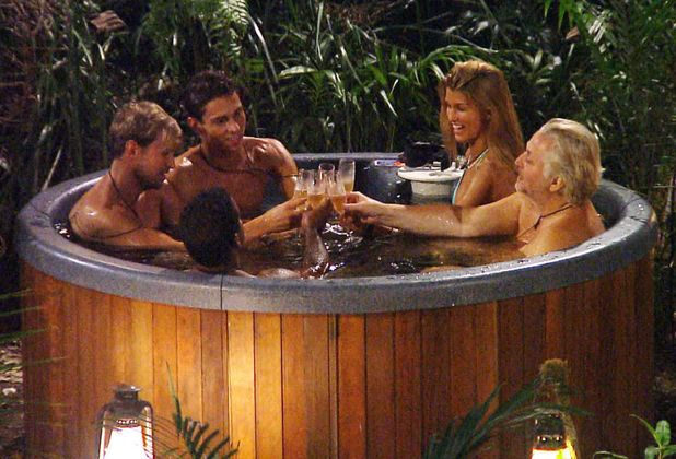 I'm A celebrity...Get Me Out Of Here! Kian Egan, Joey Essex, Amy Willerton, David Emanuel and Alfonso Ribeiro in the hot tub on 'I'm A celebrity...Get Me Out Of Here!'. 12/06/2013.