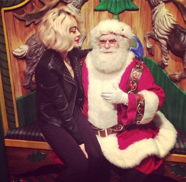 Celebrities meet Santa Claus!