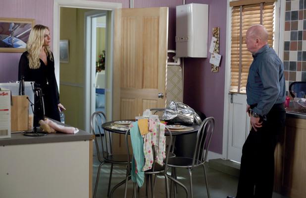 EastEnders, Ronnie talks to Phil, Mon 30 Dec