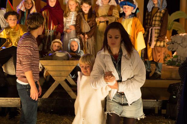 Corrie, Kylie ruins Max's nativity, Fri 20 Dec