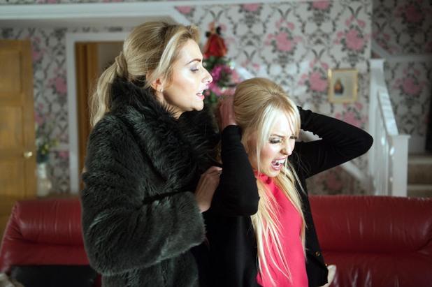 Hollyoaks, Carmel attacks Theresa, Thu 2 Jan