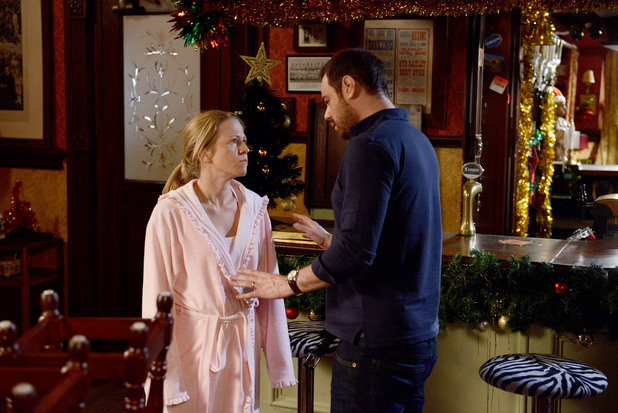 EastEnders, Linda's annoyed with Mick, Fri 27 Dec