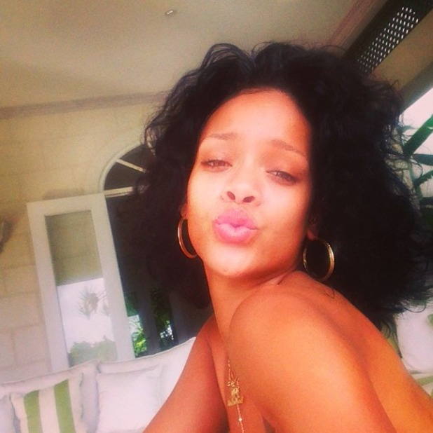 Rihanna shares pictures from her festive holiday in Barbados, 27 December 2013