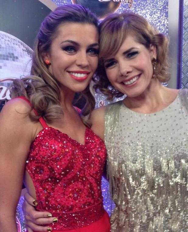 Abbey Clancy and Darcey Bussell backstage at Strictly final - 23 December 2013