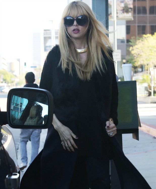 Pregnant Rachel Zoe walking in Beverly Hills, 14 December 2013