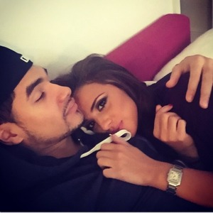 Lucy Mecklenburgh cuddles up to new man Louis Smith, 28.12.14