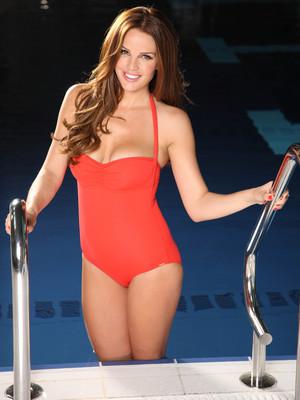 Danielle Lloyd in promo shot for Splash!, January 2014