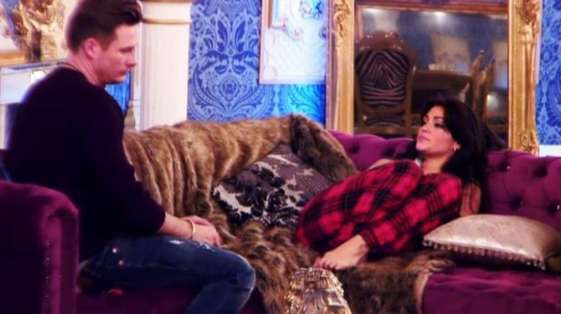 Celebrity Big Brother - aired: Tuesday 7 January 2013. Lee Ryan and Casey Batchelor speak in the living room.